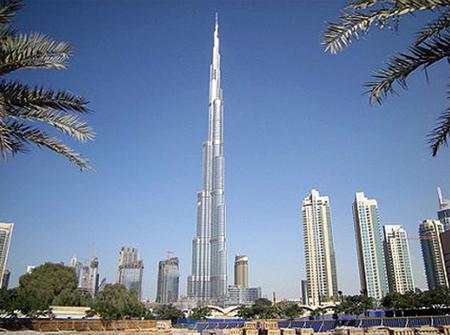 Kỷ lục về kiến trúc, cung cấp toàn bộ  dịch  vụ hạ tầng kỹ thuật và QH tổng thể của Tòa nhà Buji Khalifa